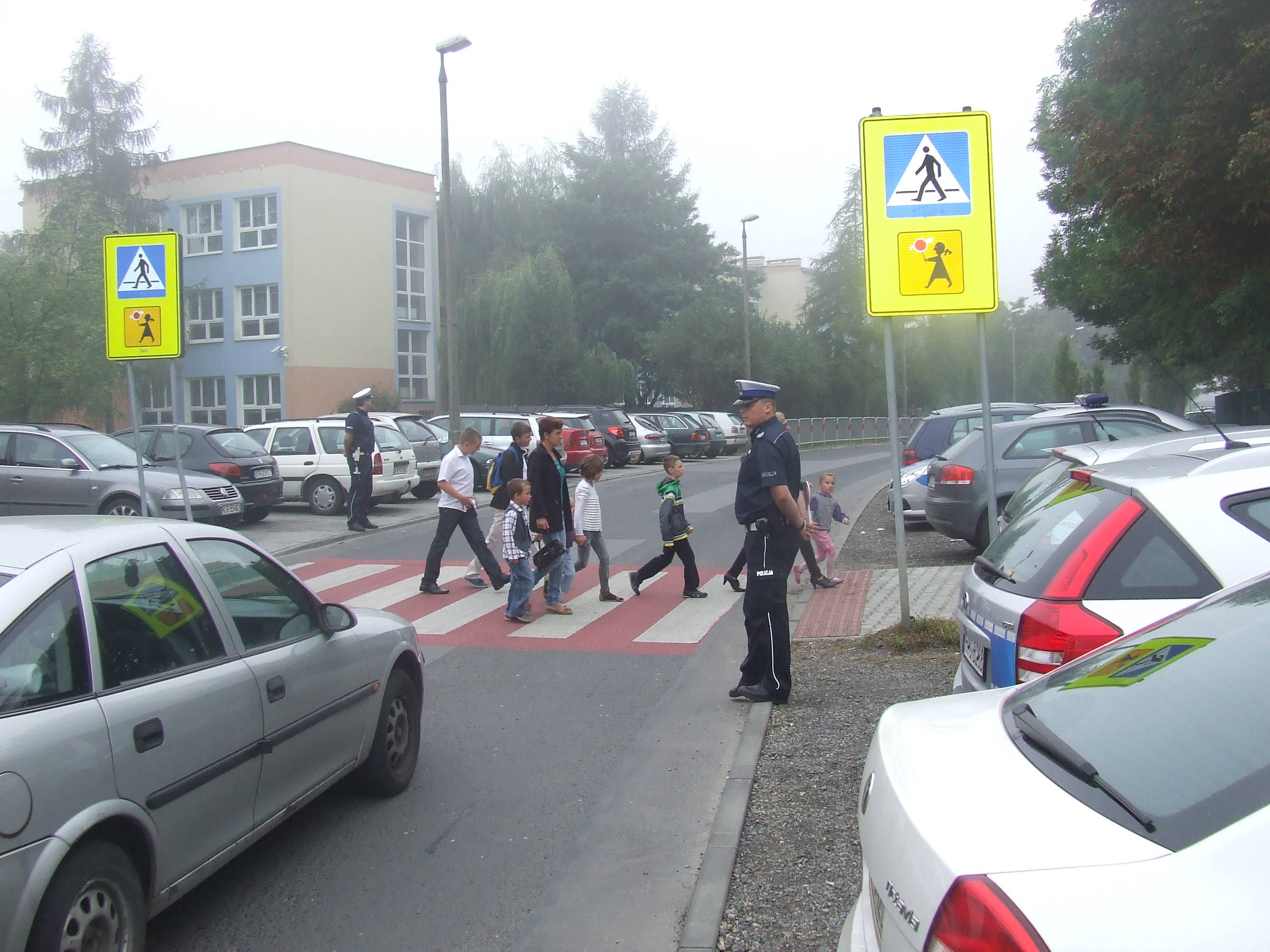 """""""Bezpieczna droga do szkoły"""" z małopolską Drogówką"""