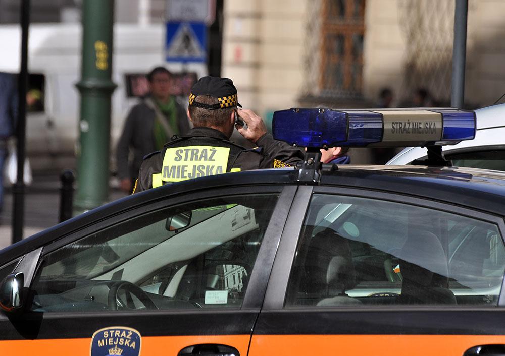 Straż-Miejska_patrol. Fot. Bogusław Świerzowski/INFO Kraków24