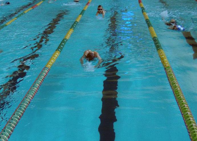 Zmiany w MOS-ach i basenach pływackich