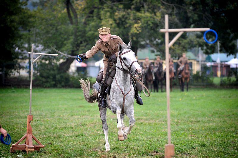Obóz kawaleryjski na Błoniach. Fot. Grzegorz Łyko / INFO Kraków24