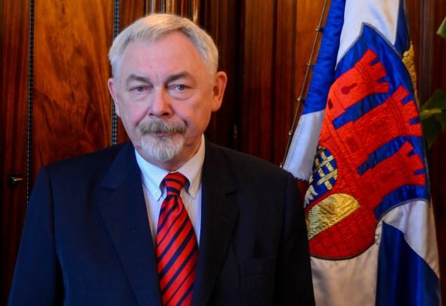 Profesor Jacek Majchrowski ponownie będzie ubiegał się o stanowisko prezydenta Krakowa. Fot. Bogusław Świerzowski / INFO Kraków24