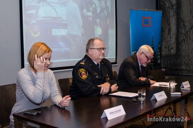 Konferencja prasowa Prezydenta Krakowa oraz Komendanta Straży Miejskiej. Fot. Bogusław Świerzowski