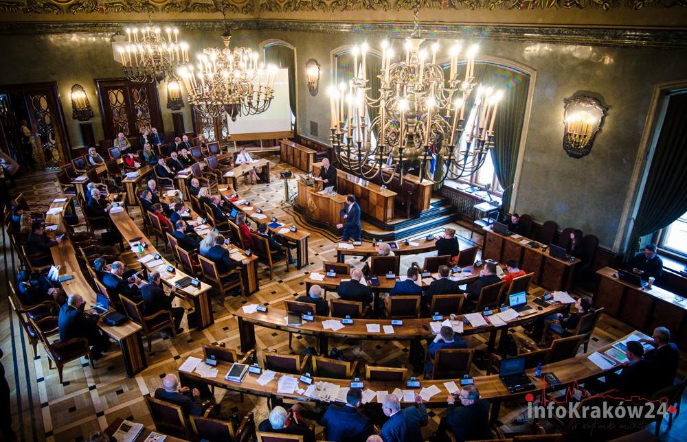 Kraków ma nową sieć szkół – radni przyjęli uchwały