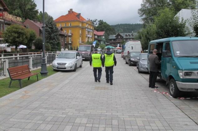 Małopolscy Policjanci dbają o bezpieczeństwo uczestników Forum Ekonomicznego w Krynicy. Fot. Policja Małopolska