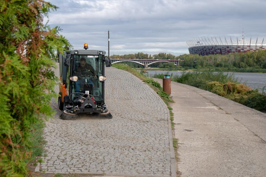 Kraków: brzeg Wisły pod Wawelem czeka nietypowe sprzątanie