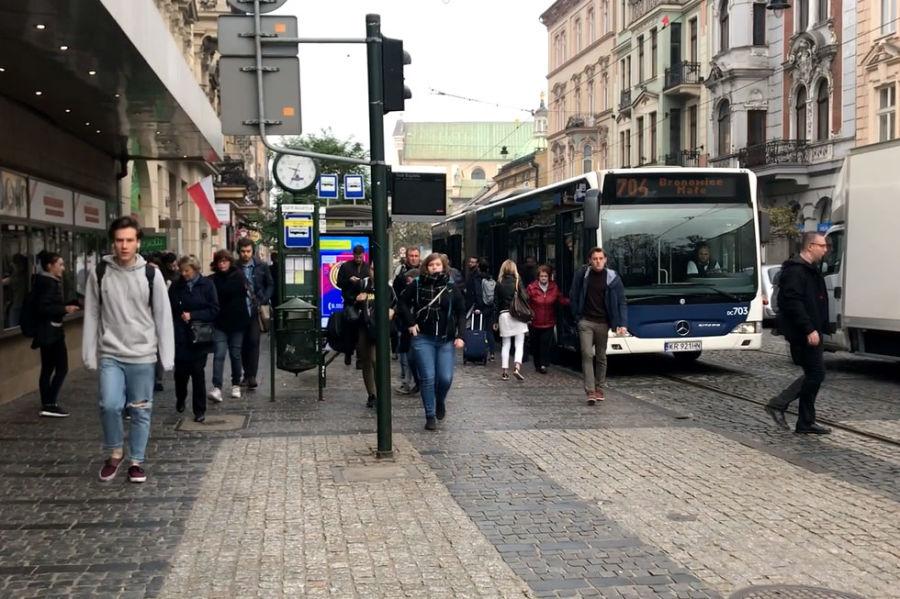 Zmiany w przebiegu komunikacji autobusowej do Bronowic