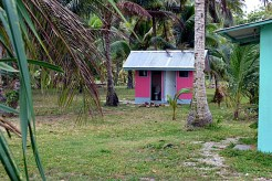 The cute pink toilet hut at Laura Beach park. Photo: Karen Earnshaw