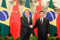 Bolsonaro e Xi Jinping assinam acordos entre Brasil e China