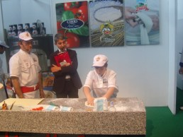Antica pizzeria Frattese Umberto Junior a lavoro
