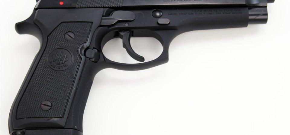 Mitra, pistole e cartucce. Sequestrato un piccolo arsenale
