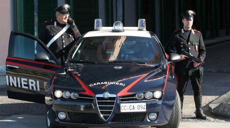 Varcaturo, vittima di estorsione, esercente denuncia i suoi aguzzini. In nove mesi 4 mila euro di merce sottratta indebitamente