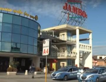 Trentola Ducenta, il Jambo era di Michele Zagaria. Il centro commerciale costruito con i soldi del boss e l'aiuto degli amministratori locali. 24 gli arresti tra esponenti del clan, colletti bianchi e politici. Leggi i nomi degli indagati.