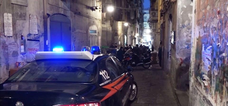 Napoli, blitz notturno nei quartieri Spagnoli. Arrestate 19 persone appartenenti al gruppo criminale dei Farelli