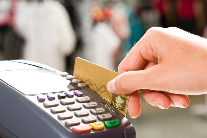 Sant'Antimo, compra 4 lingotti d'oro con una carta di credito clonata ad un suo compaesano. I carabinieri si fingono corrieri e lo arrestano