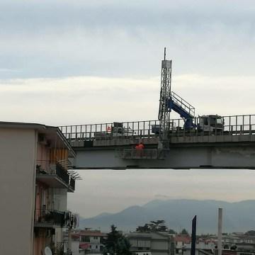 Frattamaggiore, ponte pericolante. Notizia diffusa con un messaggio WhatsApp. L'amministrazione comunale spiega la verità