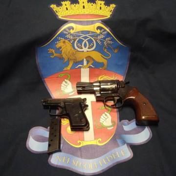 San Cipriano D'aversa, nascondeva due pistole nell'autoclave di casa. Arrestato 48enne