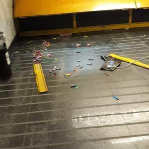 Napoli, razziata tabaccheria della metropolitana Piscinola. Furto da migliaia di euro