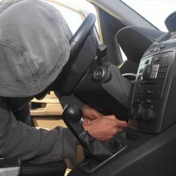 Sant'Antimo, rubavano auto e cambiavano il numero di telaio. Giro d'affari di 2 milioni. 8 Arresti e 41 indagati