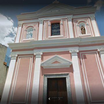 Coronavirus, celebrano battesimo nella chiesa di  San Gioacchino ed Anna a San Gennaro Vesuviano. Tutti denunciati