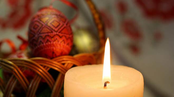 Coronavirus, a Napoli festeggiano la Pasqua ortodossa. Dieci persone denunciate