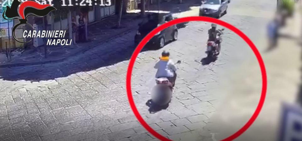 Da Napoli a Pompei con il taxi, turista pedinato e rapinato del rolex da 25 mila euro. Arrestato uno dei malviventi. Caccia al complice (video)