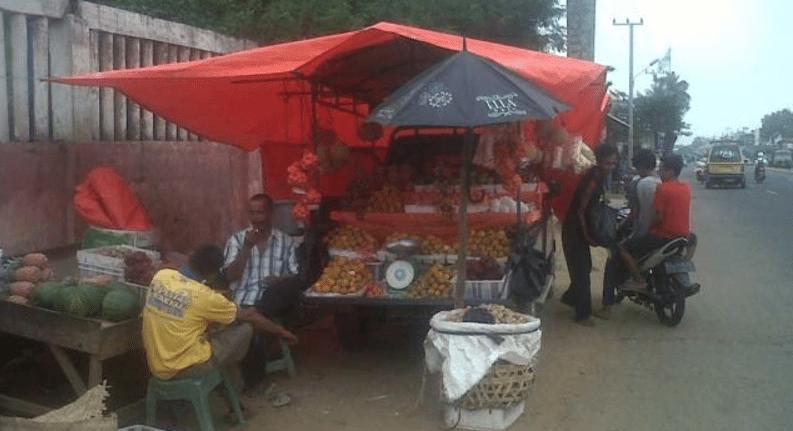 Jualan buah pakai mobil pick up