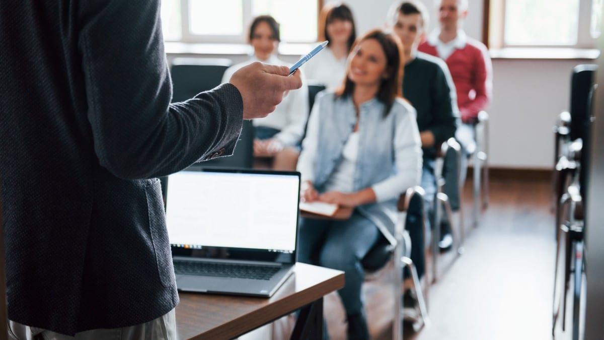 Convocatoria de proceso selectivo para cubrir 41 plazas para el ingreso en la escala Auxiliar Administrativa de la Universidad de Cádiz