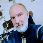მამაომ გალინა კარმუშინაში ის გიდი ამოიცნო, რომელსაც ტაძრის დატოვება მოთხოვა, რადგან ტურისტებს დამახინჯებულ ინფორმაციას აწვდიდა