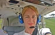"Delia Antal e vitezomana! Ia lectii de zbor : ""Daca nu era instructorul langa mine, ma prabuseam!"""