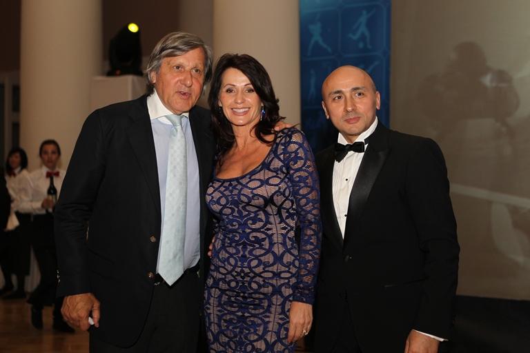 Marcel Pavel s-a întâlnit cu Ilie Năstase şi Nadia Comăneci în Rusia! Artistul a cantat pentru mari sportivi ai lumii!