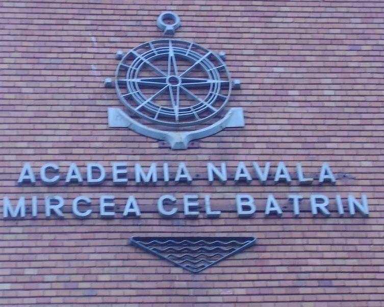 Festivitate de absolvire la Academia Navală