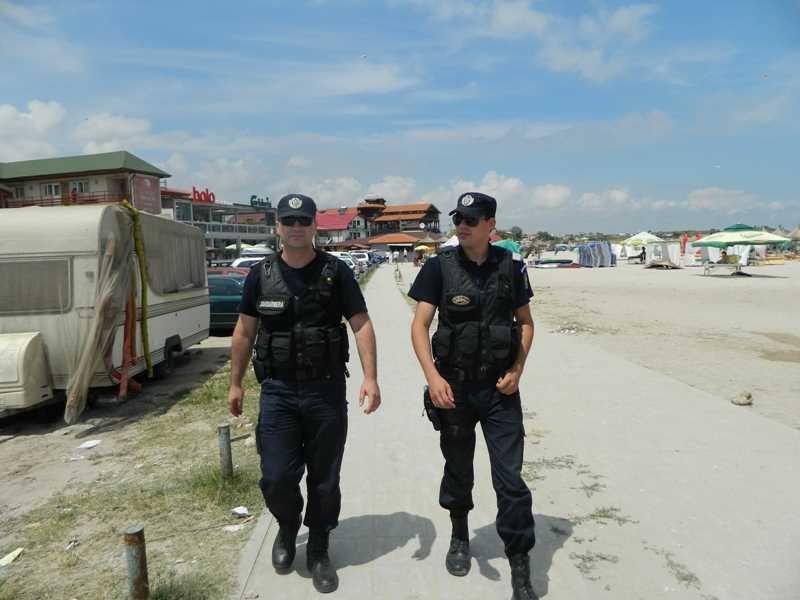 Jandarmii constănţeni vigilenţi pe litoral