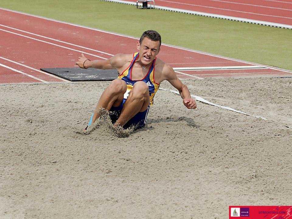 Valentin Scanghel este noul campion national la triplusalt