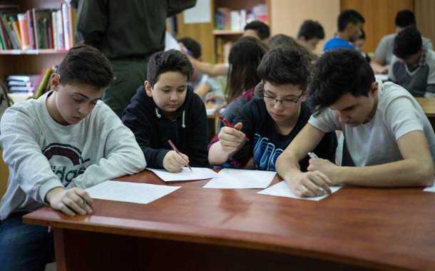 În această vacanță elevii din județul Constanța pot participa fizic la activități remediale