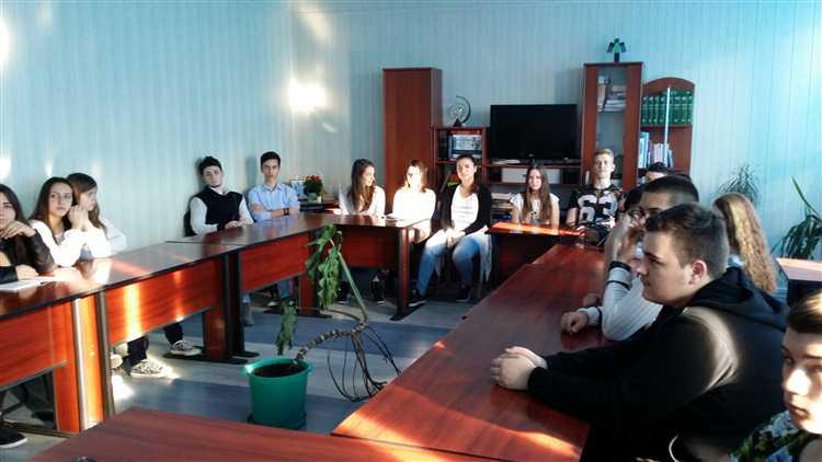La Colegiul Economic din Mangalia, s-au sărbătorit 97 de ani de la Unirea Basarabiei cu Romania