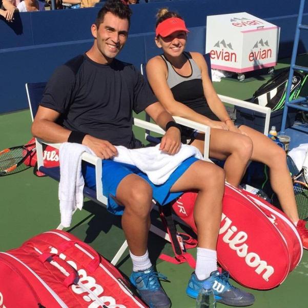 Simona Halep si Horia Tecau cei mai buni tenismeni in 2015
