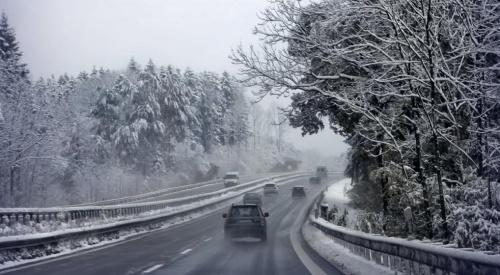 Bulgaria: Instituire coduri meteo de ninsori, polei și vânt