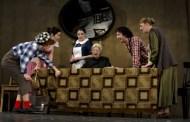 Teatrul de Stat Constanţa vă invită  la vals