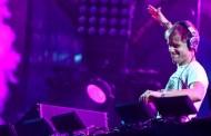Armin Van Buuren și Steve Aoki vin la NEVERSEA
