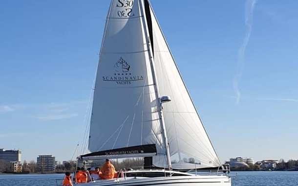 CERONAV organizează cursul manevra ambarcațiunilor cu vele