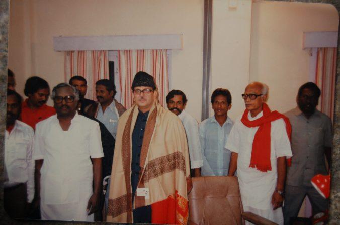 V P Singh Old pic