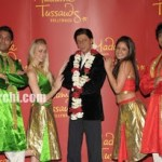 """""""The King of Bollywood"""" Shah Rukh Khan's Wax Image erected in Madamme Tussauds Theatre California"""