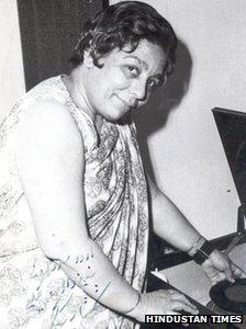 Shamshad Begum at Young Age