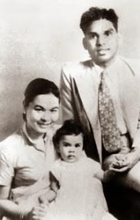 K.R.Narayanan with his wife Usha and daughter at Tokyo