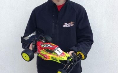 Jorn Neumann gana en la Longfield series con su Team Durango DEX210