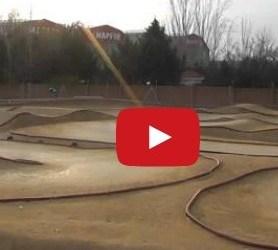 Vídeo: Dani Vega probando (posiblemente) el nuevo Agama 2014, en Fuencarral