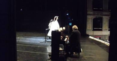 vinicio-in-palco-assieme-ai-danzatori