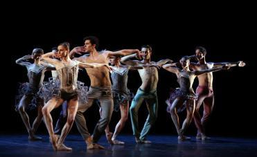 Il Corpo di ballo del Teatro alla Scala (foto Brescia Amisano)