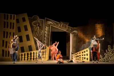 1-il-balletto-del-teatro-dellopera-di-roma-in-%22parade%22-di-leonide-massine-luciano-romano
