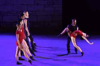 festival-spoleto-grupo-corpo-ballerini-brasiliani-7